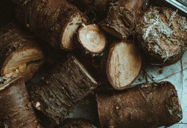 Echipamente profesionale pentru debitat lemnul